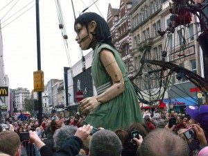 Little Girl Giant in Paradise Street