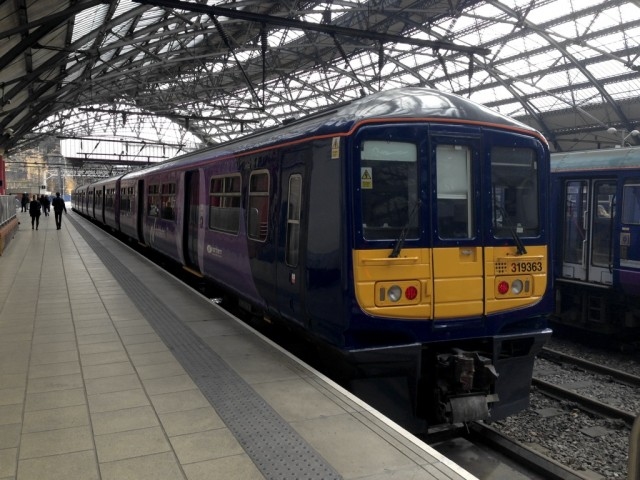 319363 at Liverpool Lime Street